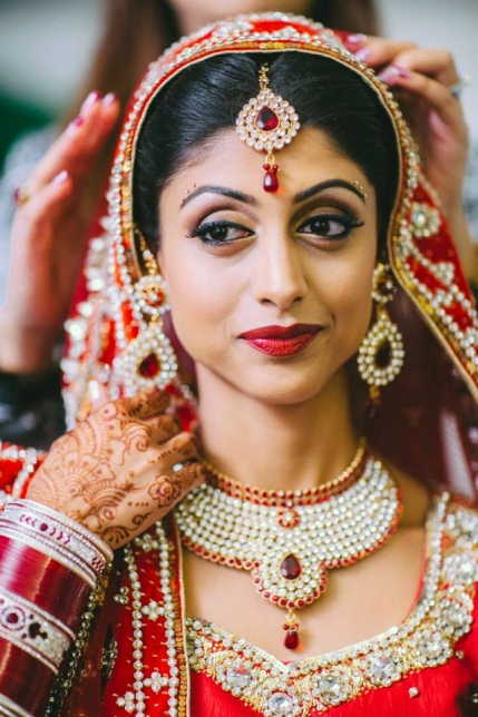 Well-known Makeup Service and Product Brand for Sale in Delhi